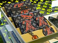 ルイヴィトン カードケースは高く売れます! 画像